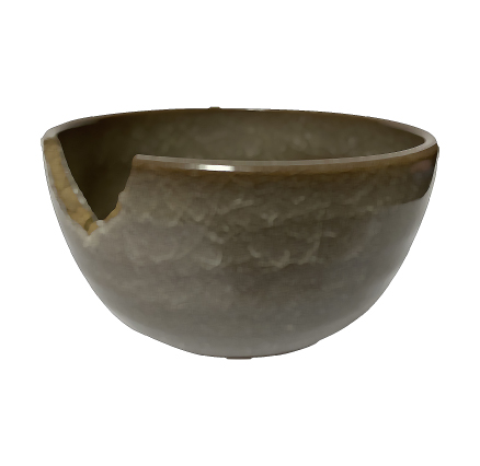 欠けてしまった陶器